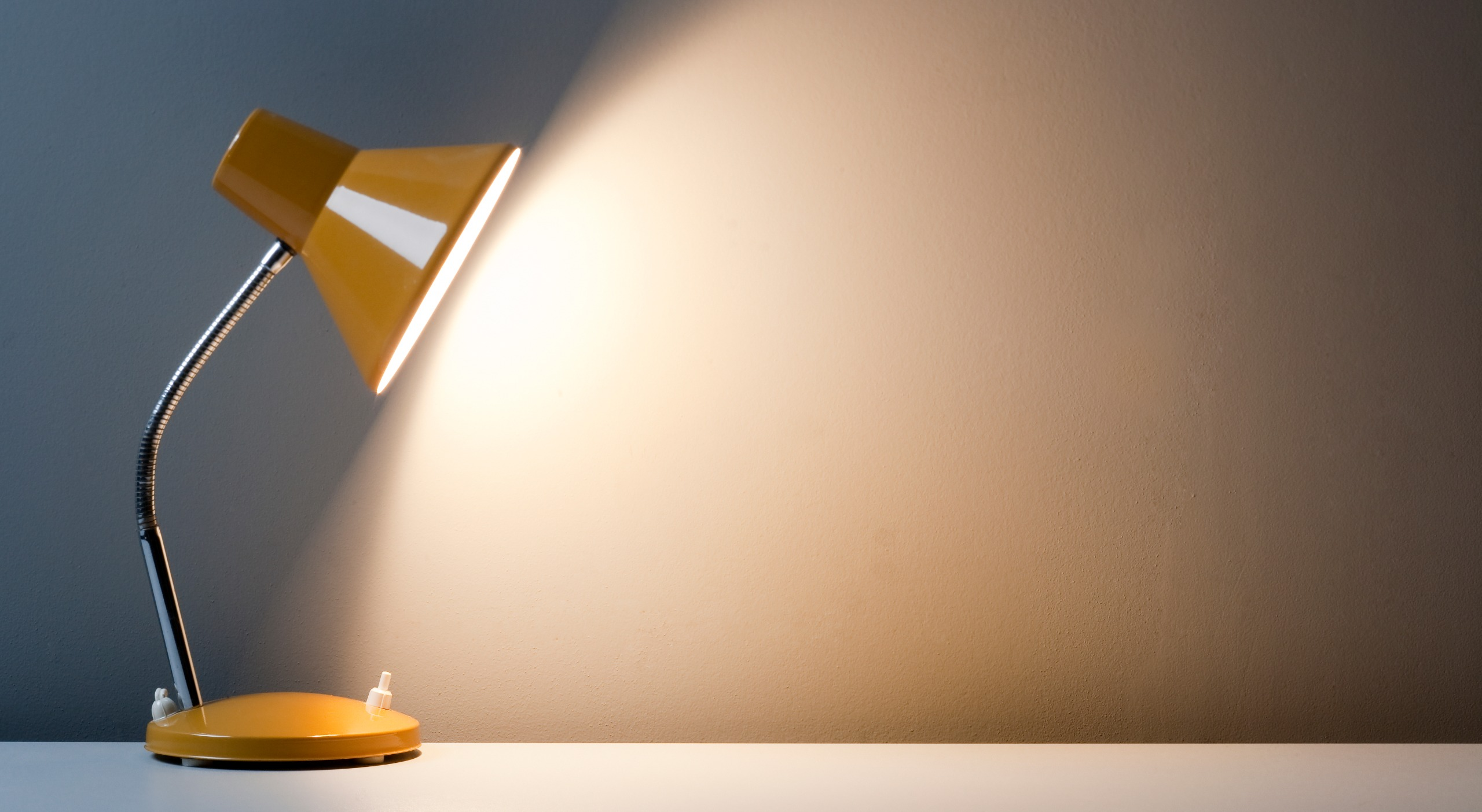 How Many Watts Does A Lamp Use? – Guide For Homeowners