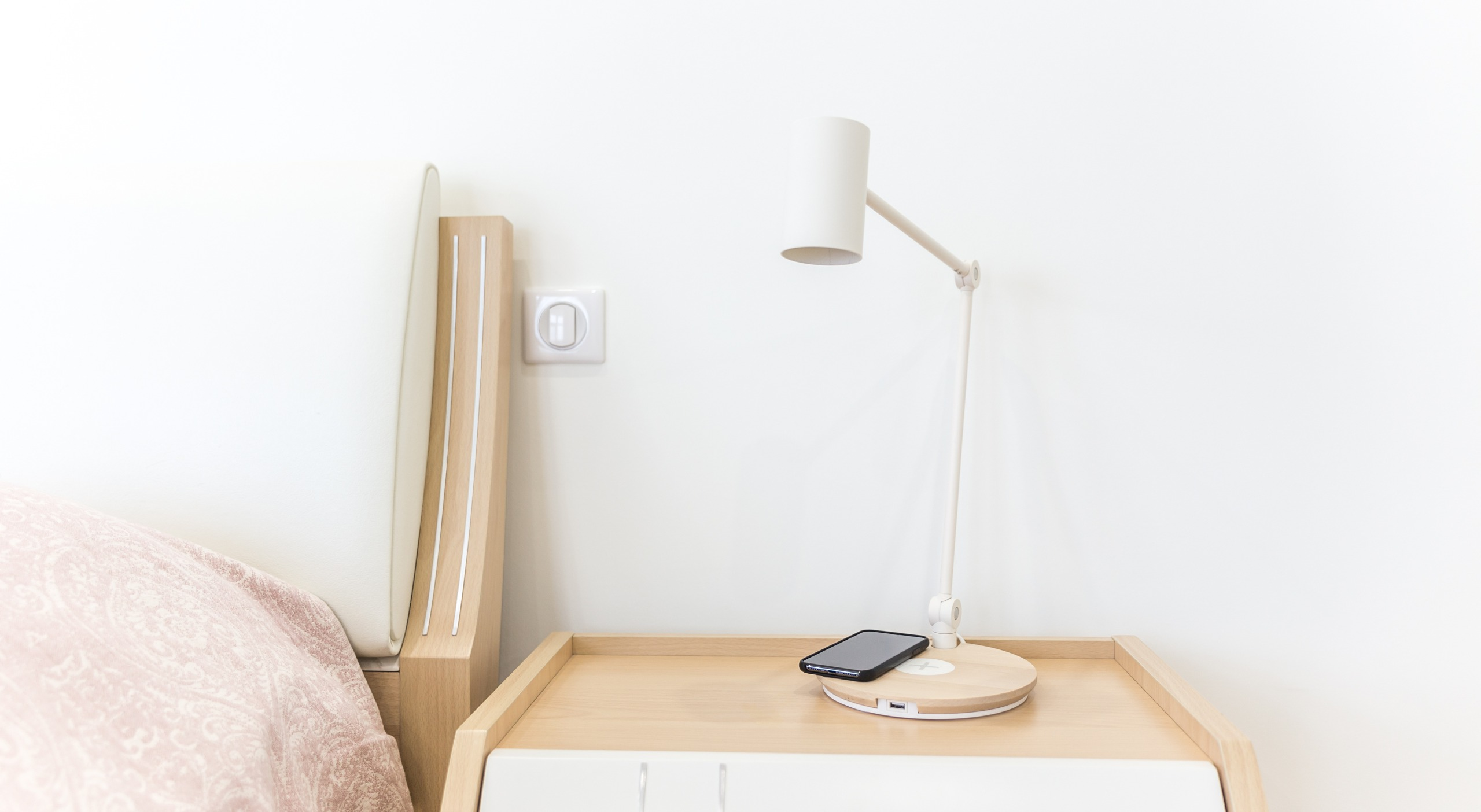 How To Make A Lamp Cordless? – Essential Guide